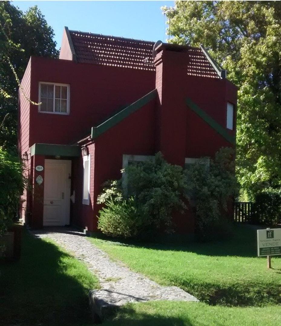 Casa en Country el Pato impecable ! 4 dormitorios y pileta