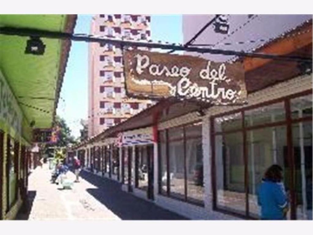 V099- Local 21 - GALERIA PASEO DEL CENTRO