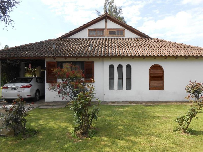 """Casa en Country """"Las Lajas"""", Gral.Rodríguez"""