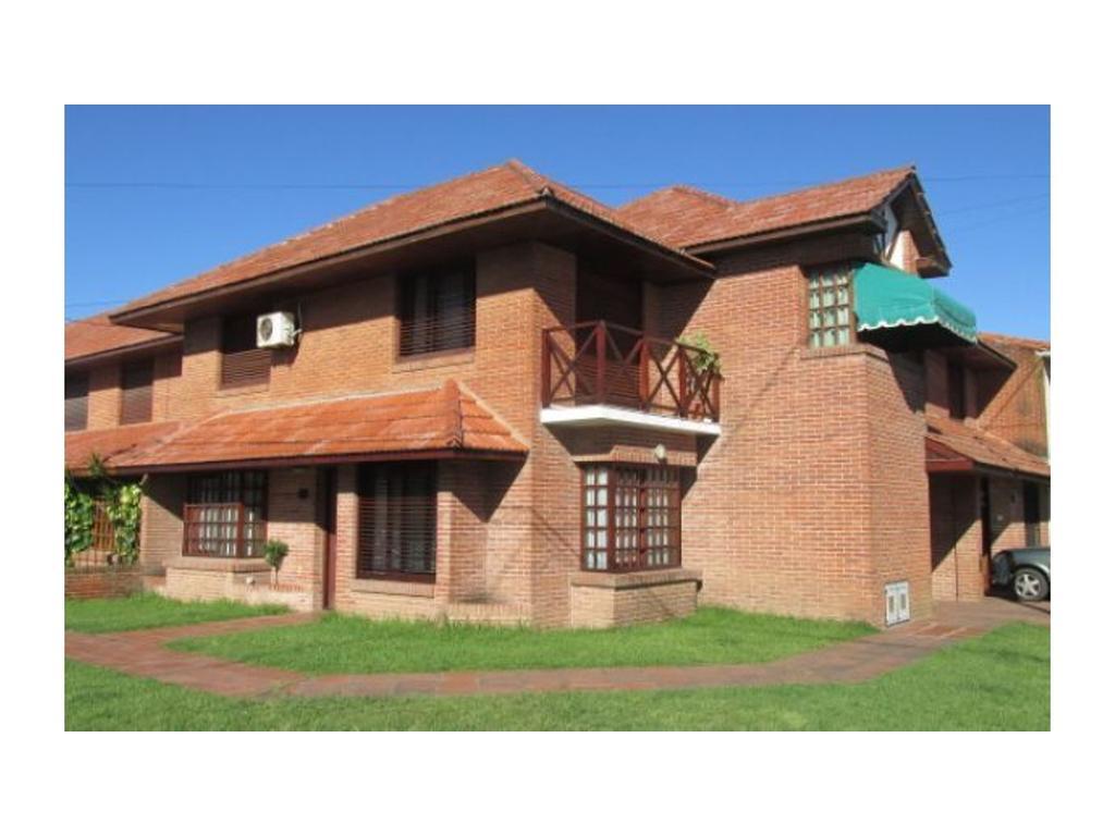 Casa En Venta En Dardo Rocha 400 Parque Luro Argenprop