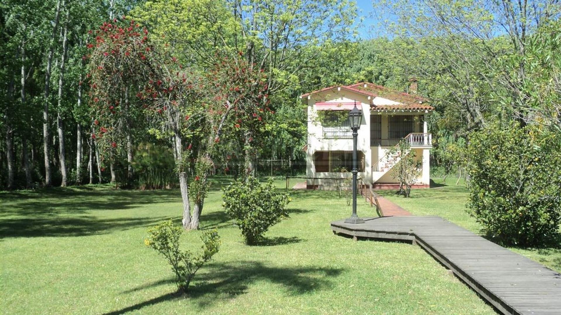 Venta de casa sobre el Paraná Mini segunda seccion de Islas