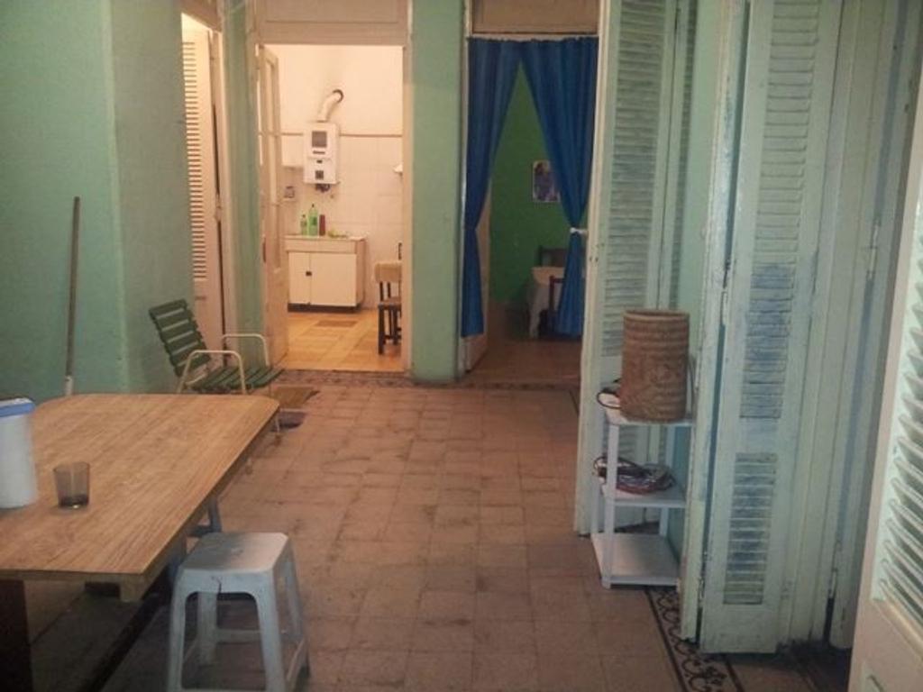 Santiago del Estero al 2100 PH en planta baja 3 ambientes con patio cubierto