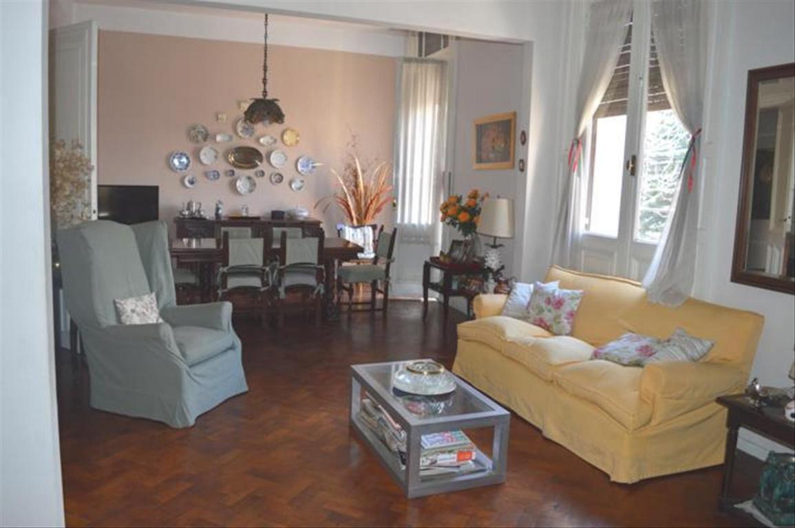 Departamento tipo casa en Venta de 4 ambientes en Capital Federal, Parque Patricios