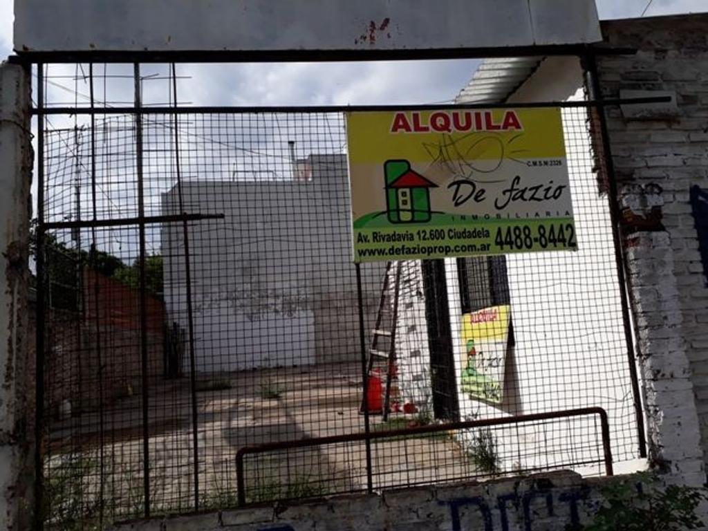 XINTEL(DEF-DEF-363) Galpón - Alquiler - Argentina, Tres de Febrero - RAFAELA   AL 4200