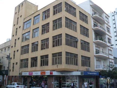 Oficina en Alquiler en La Plata Calle 12 esq. 55 Dacal Bienes Raices