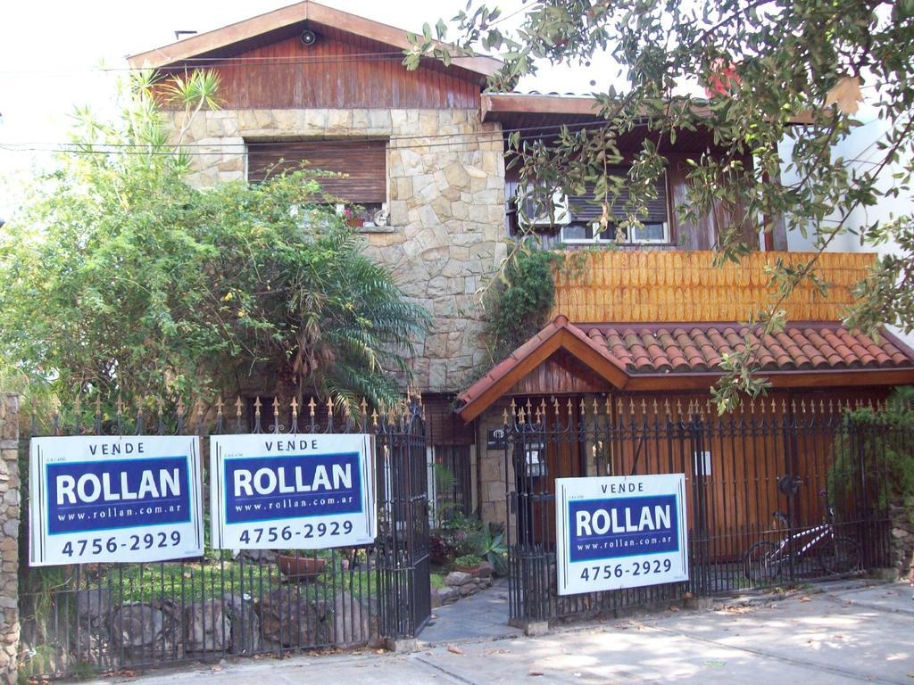 Excelente casa de 6 ambientes  en 2 plantas,  en venta en Villa Adelina!!!