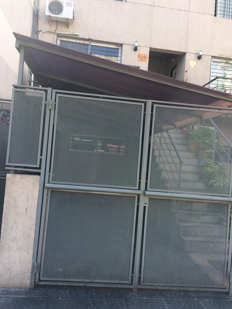 Departamento en Alquiler en Monte Castro - 3 ambientes