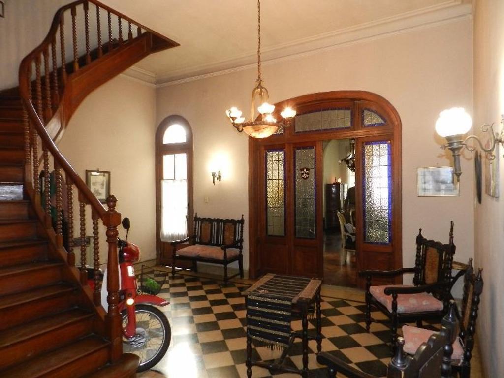 Preciosa Casa de Estilo. 3 de Febrero - Callao.