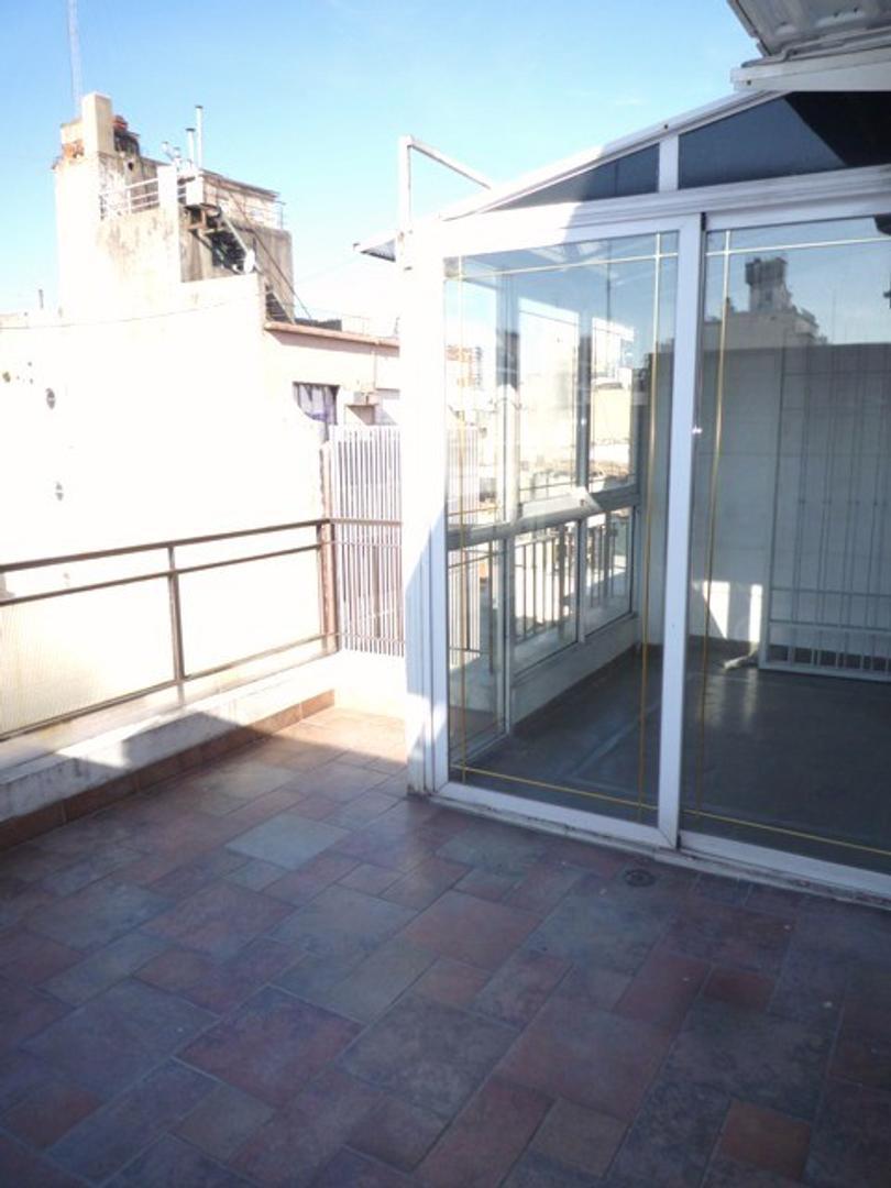 2 Ambientes C/balcón Terraza - Paraguay y Larrea