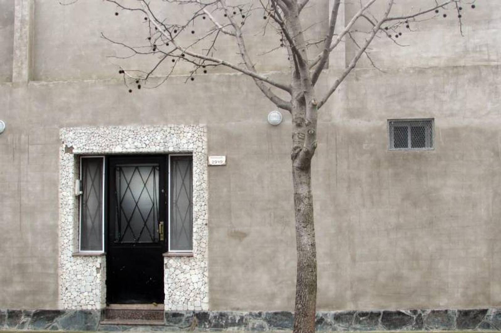 Excelente casa en venta en Villa Devoto, Desaguadero 2900.