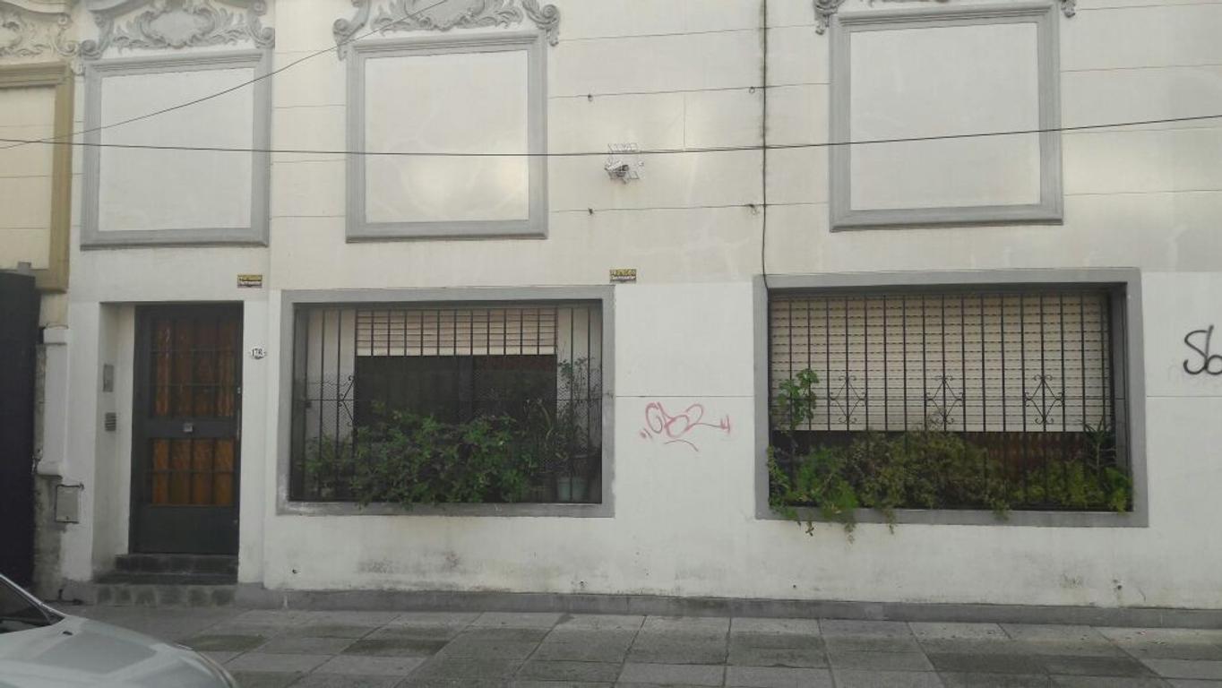XINTEL(NIR-NIR-598) Lote - Venta - Argentina, Capital Federal - LACARRA  AL 100