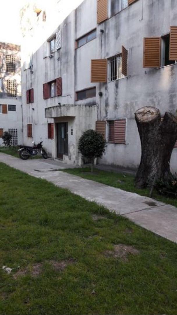 XINTEL(INB-INB-1260) Departamento - Venta - Argentina, BERAZATEGUI