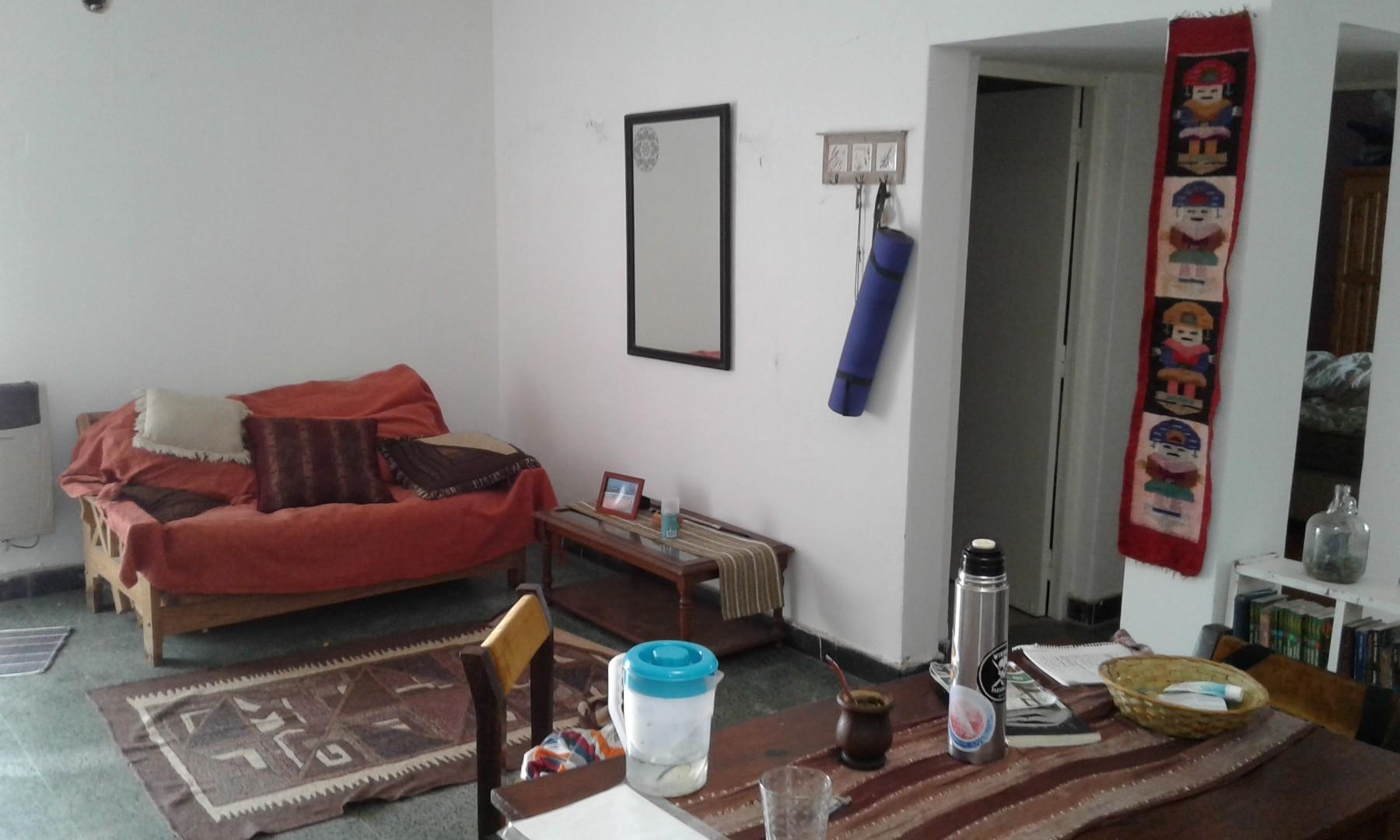 C & P Inmobiliaria: APTO CREDITO, Alberdi, interna única, no PH,  87 m2, 2 dormitorios, terraza