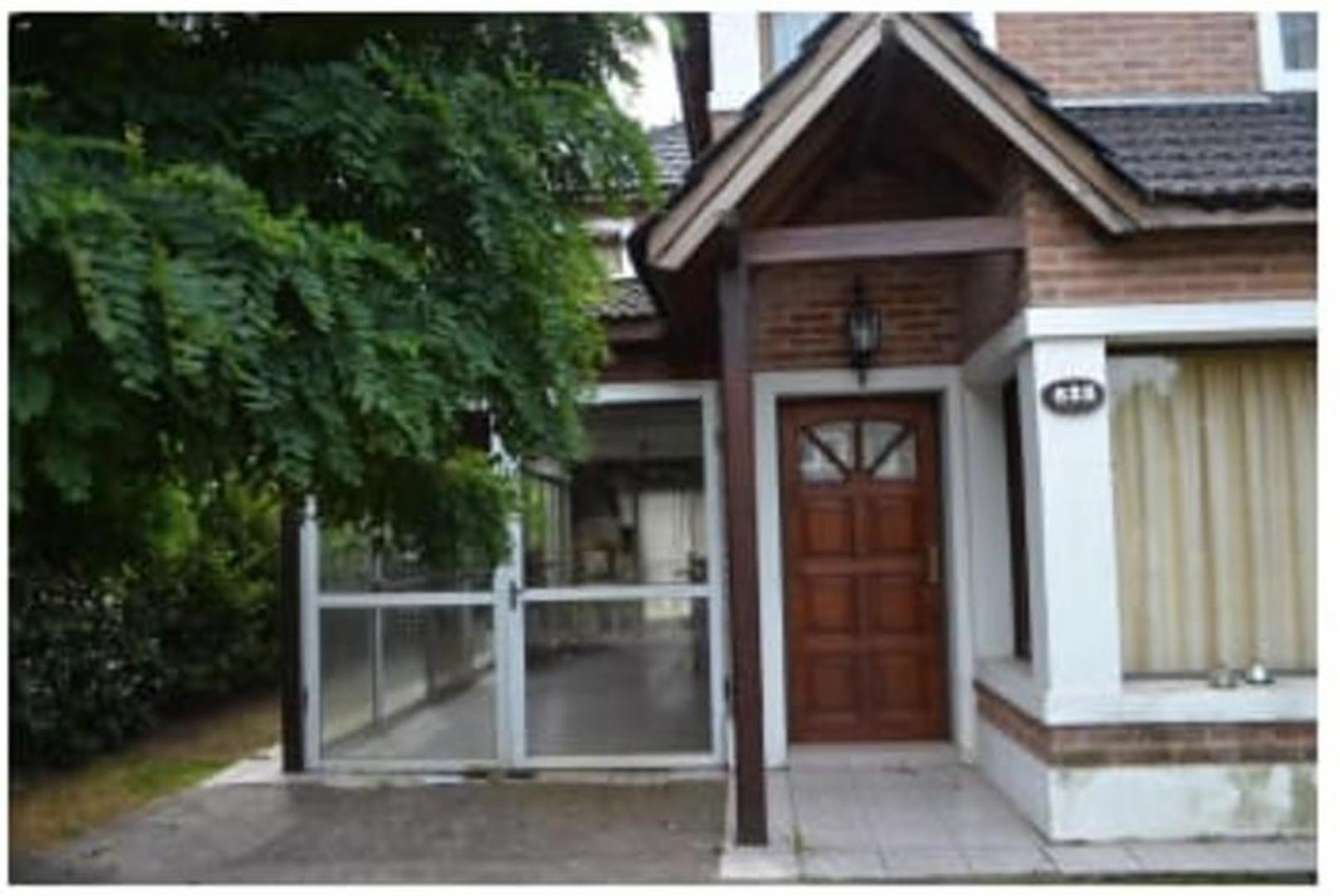 Casa en Venta en Country Club Banco Provincia - 5 ambientes