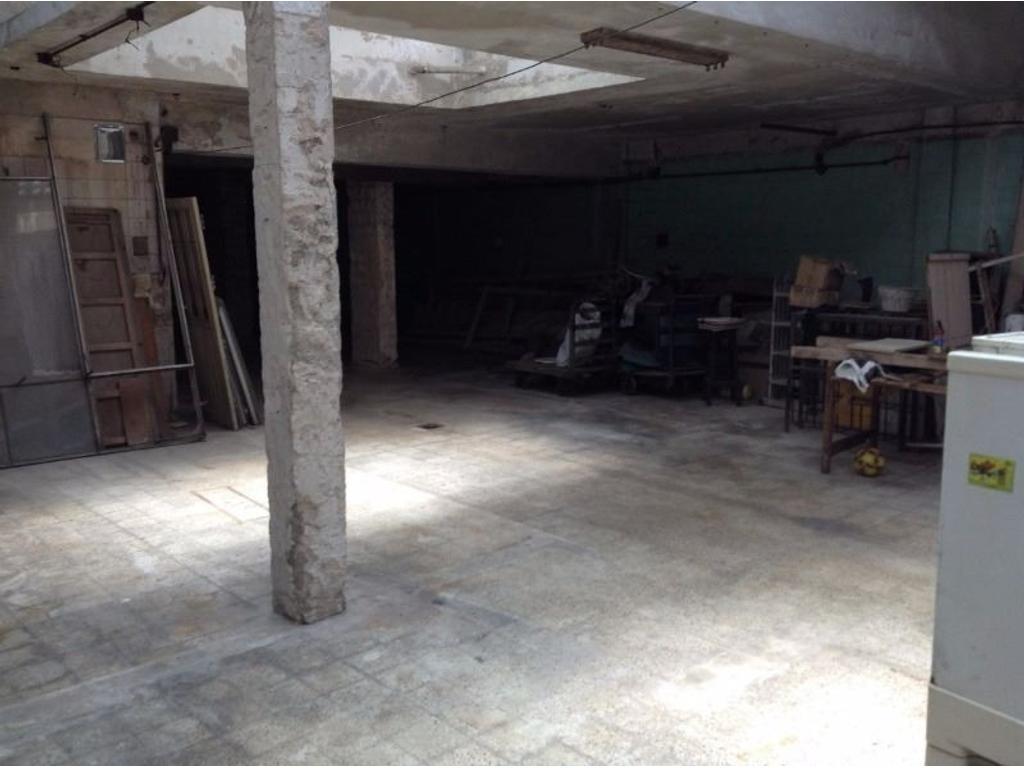 Depósito con oficina en venta- 880 mts cubiertos
