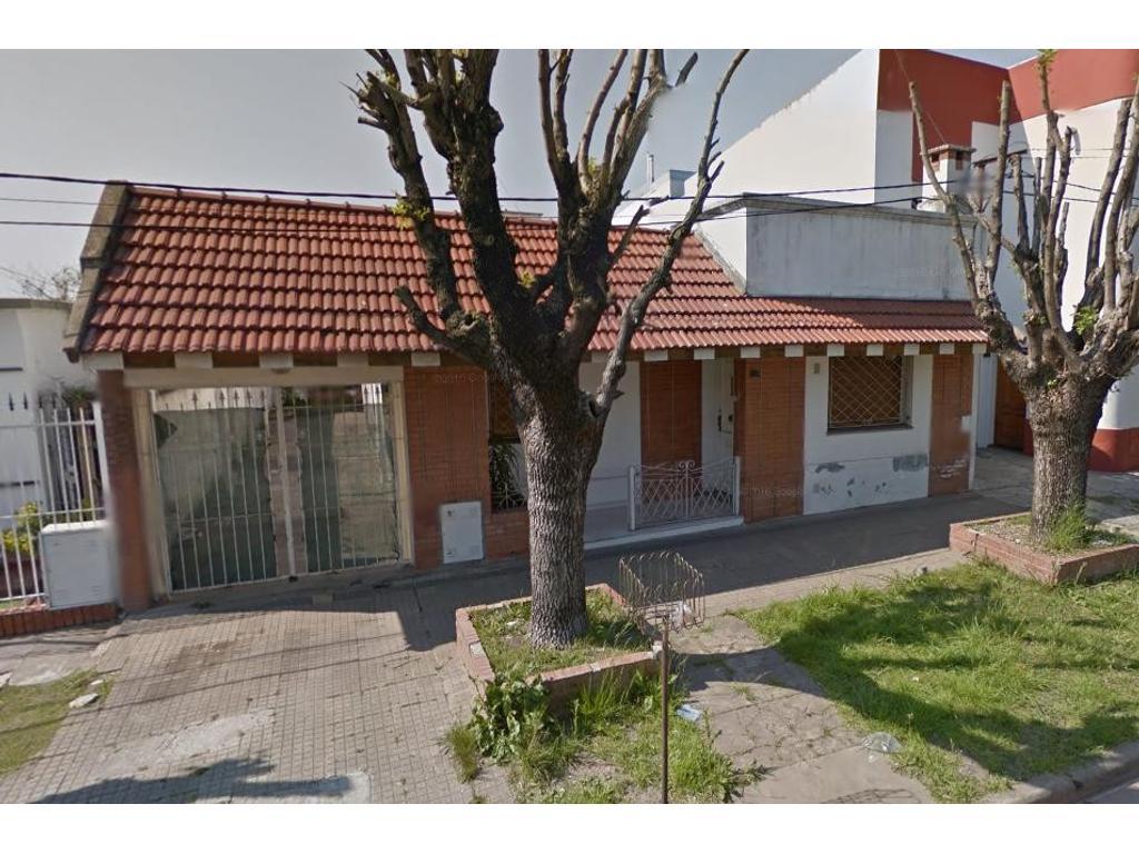 Casa en venta en Los Hornos Calle 57 e/ 131 y 132 Dacal Bienes Raices