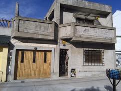 Casa Ideal Dos Familias, Caxaraville 620 Gerli, Avellaneda