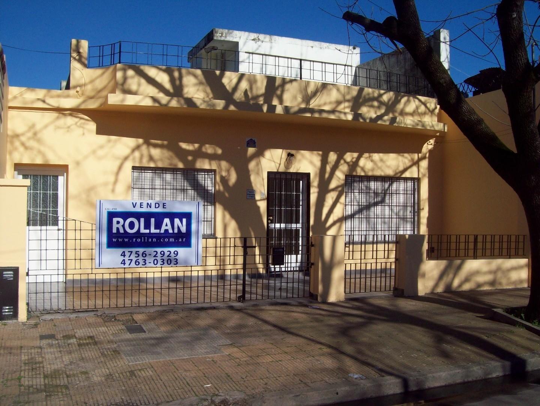 Casa americana de 4 amb. en venta en Villa Adelina!!