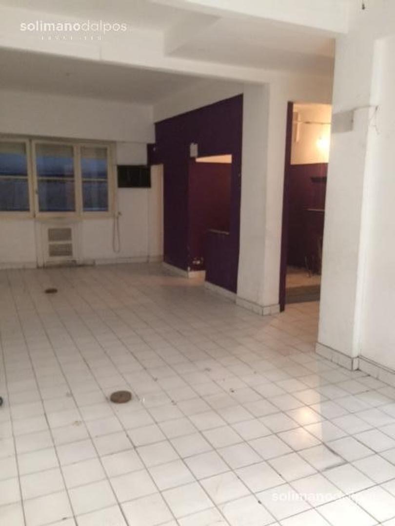 Oficina - 105 m² | 2 baños | 60 años