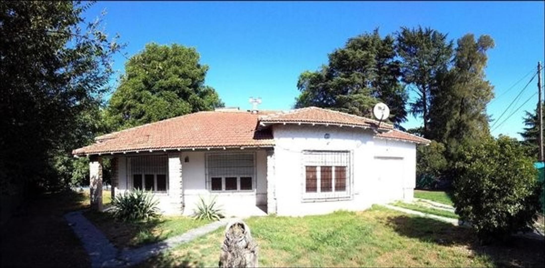 Casa en Venta en Garin-Centro - 4 ambientes