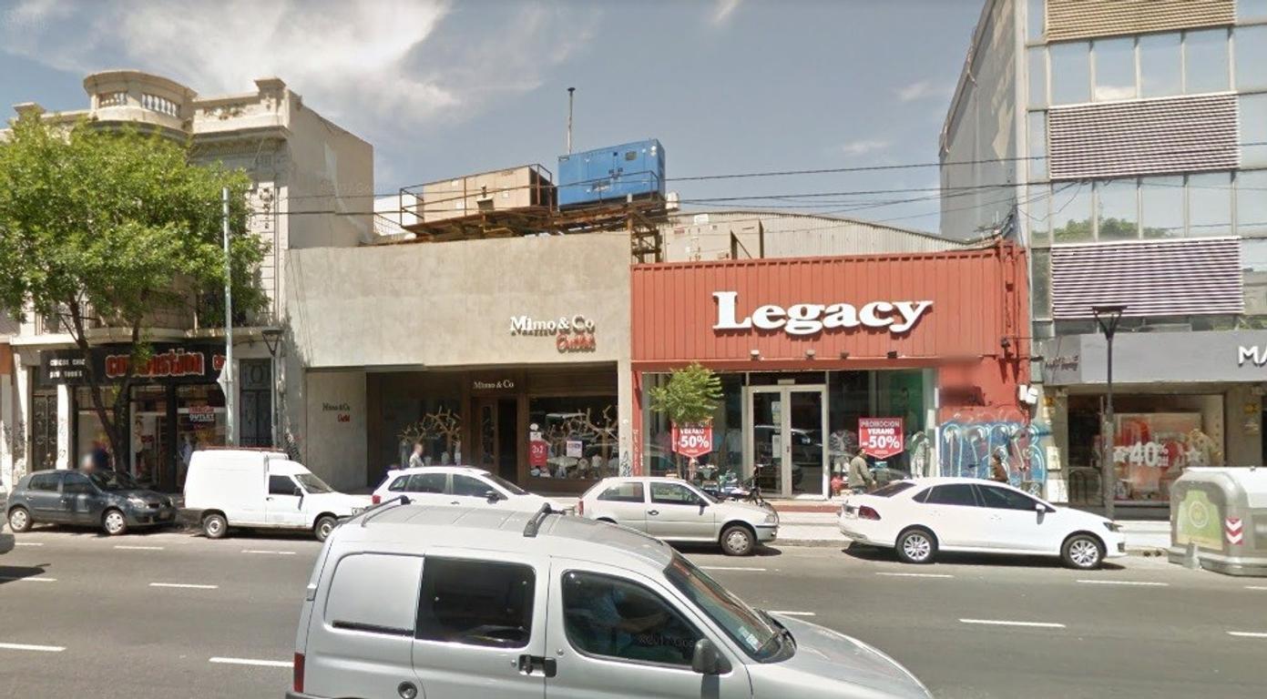 Local Comercial sobre Av. Córdoba - Sin Expensas