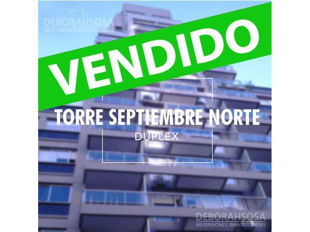 Increíble Duplex 4 Amb màs Dep con 2 cocheras, Amenities y Vista al Rio!