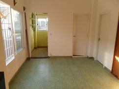 PH 3 amb al medio, primer piso por escalera, recién pintado, sin expensas, muy luminoso