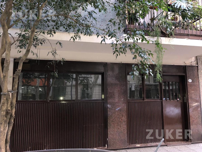 excelente oficina o local pleno barrio norte Arenales y Escalabrini