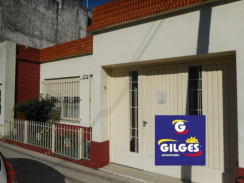 Casa en Venta en Ramos Mejia - 3 ambientes