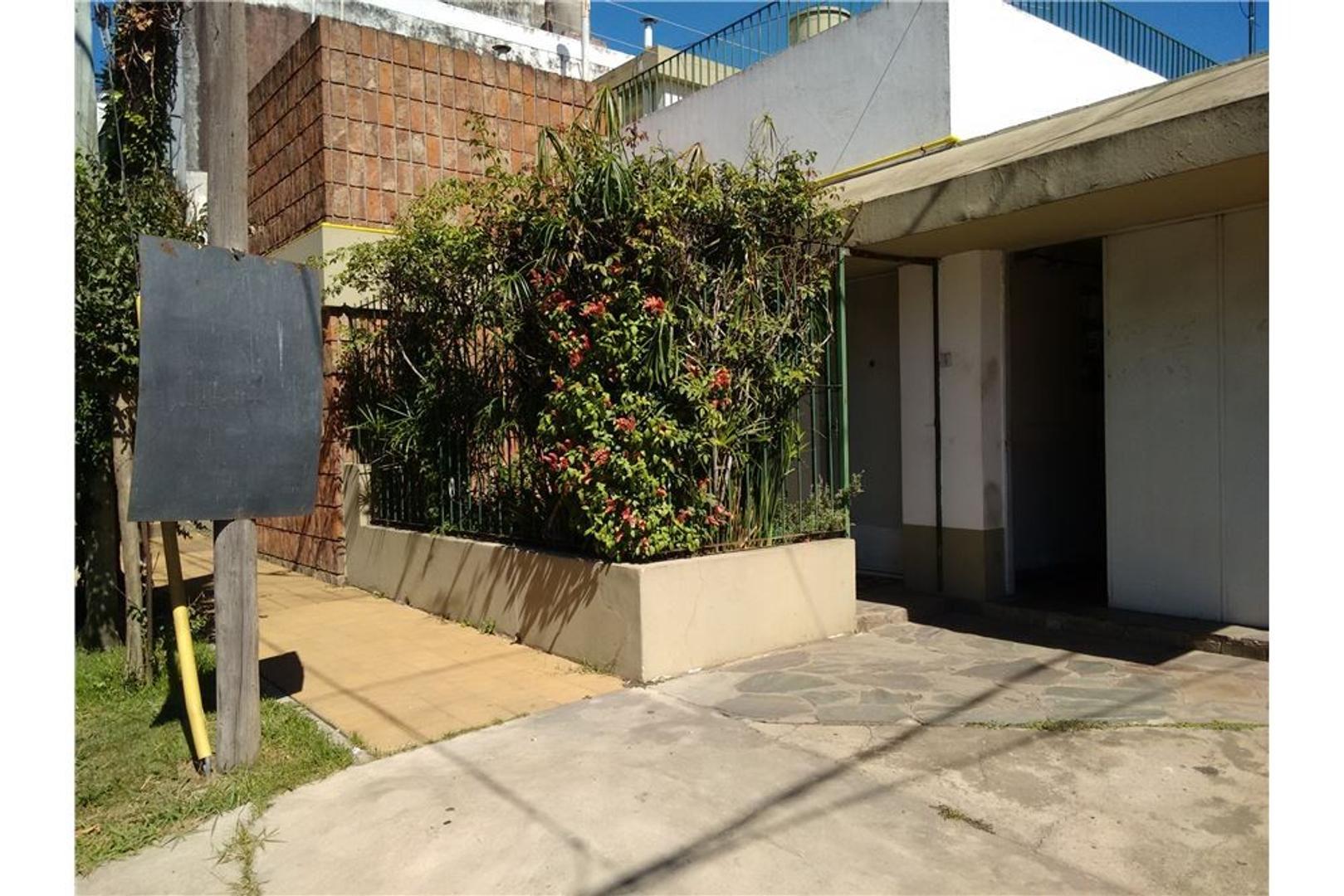 EL PALOMAR - Casa 4 ambientes Apto Crédito