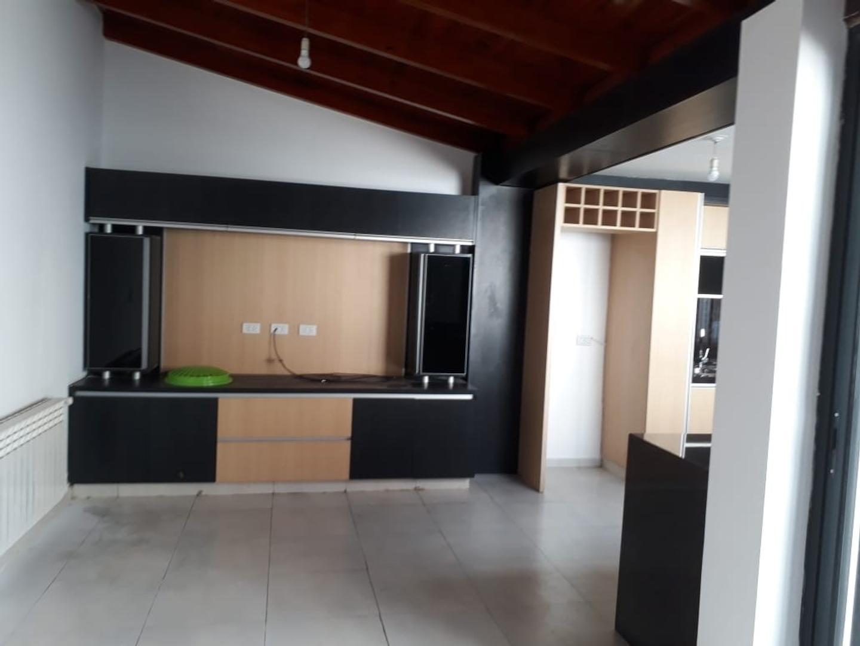 Casa en Venta en Cordoba - 6 ambientes