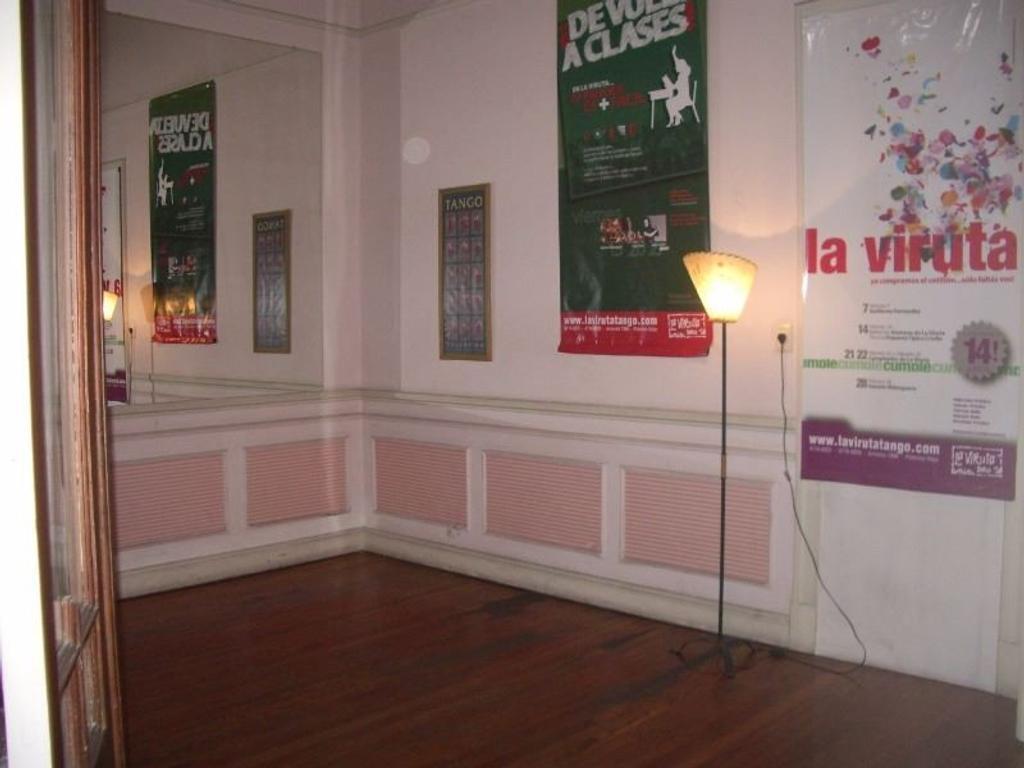Balvanera  Pueyrredón 500 1º P. Venta excepcional PH sin expensas ideal hostel / consultorio