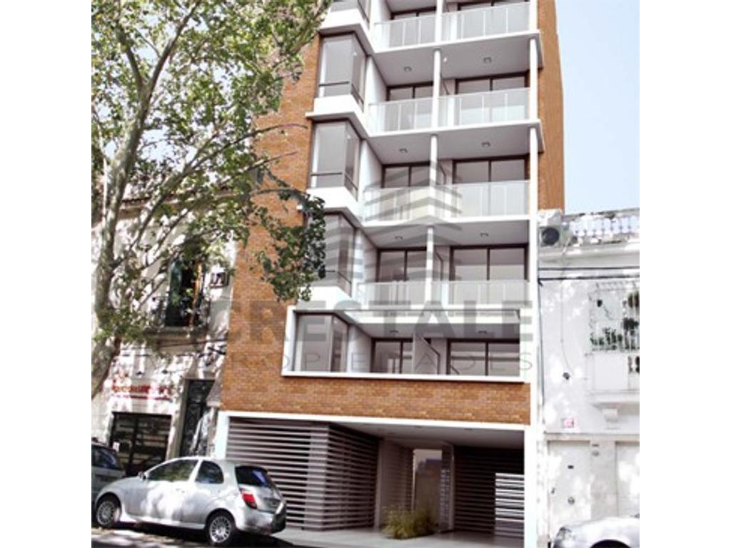 Santiago y Zeballos - Departamento 3 dormitorios a la venta