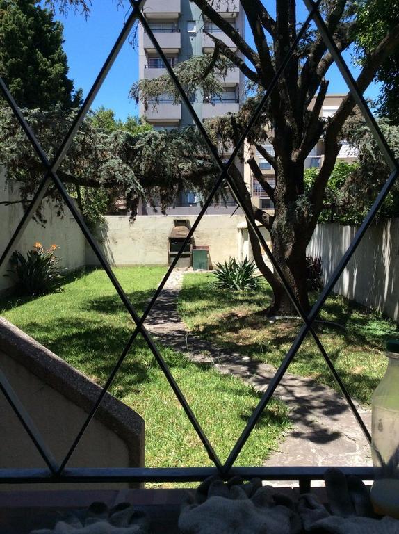 Vendo Depto excelente estado 4 ambientes, gran living comedor, parque tza en PB galpon 170m2 cub par