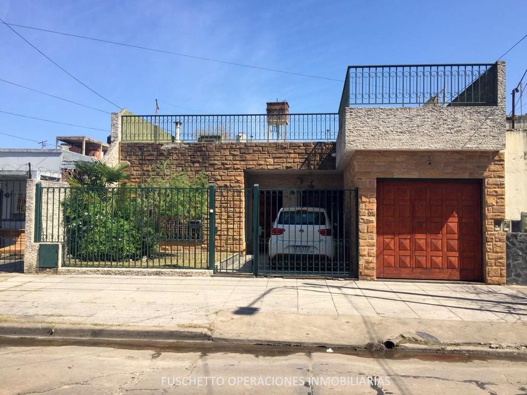 Casa 3 Amb. en Tablada - Venta (Cod. 829)