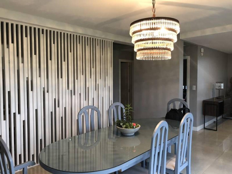 Casa - 270 m² | 4 dormitorios | 1 año