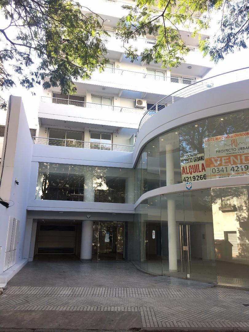DOS DORMITORIOS, CON COCHERA -BALCARCE 1100