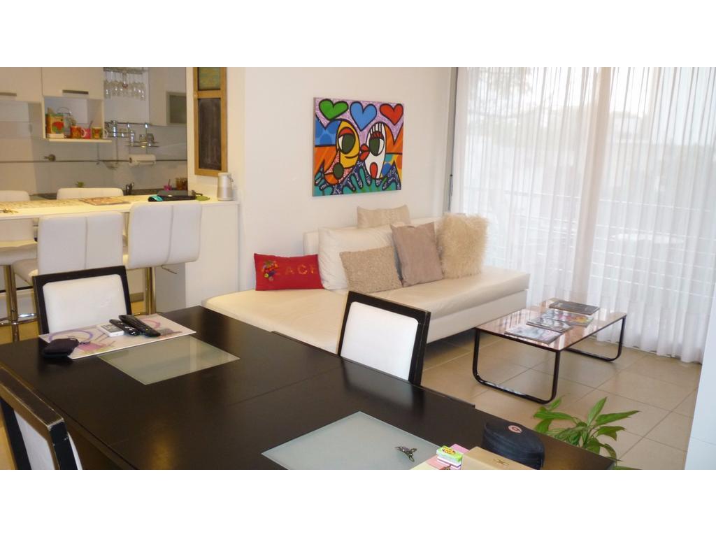 Vendo hermoso departamento en Villa del parque 2 amb. al fte. c/cochera y amenities