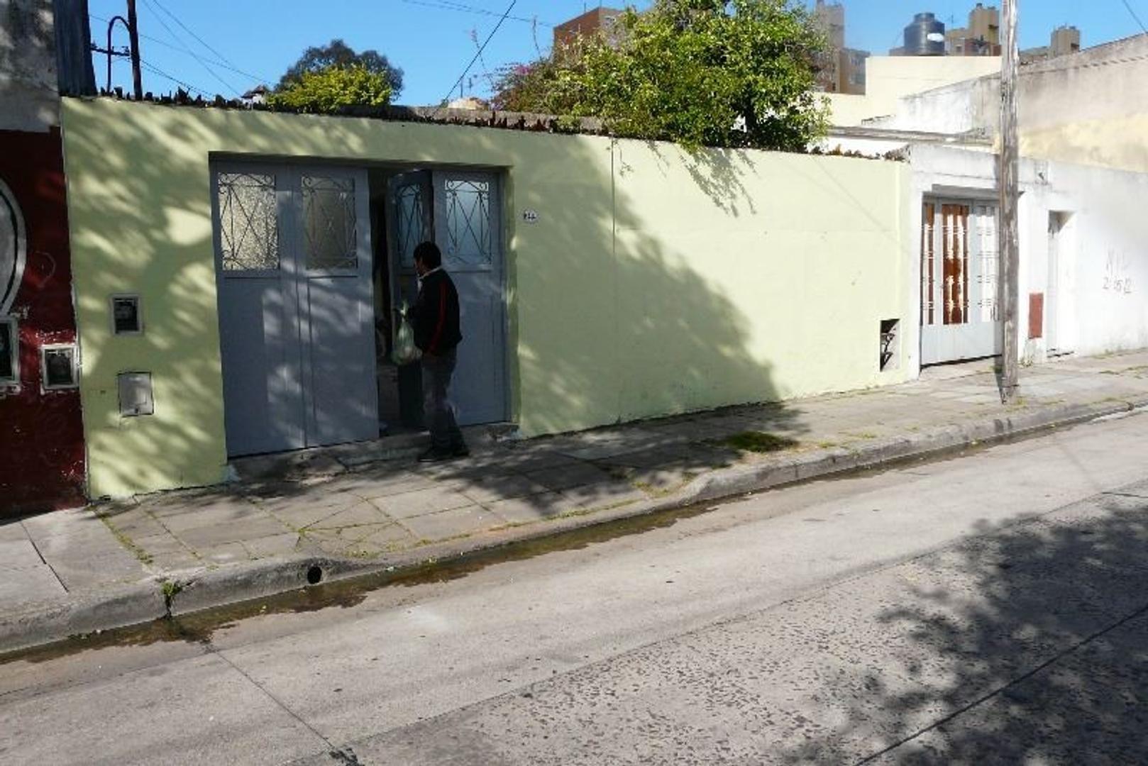 Manco Capac 1414, Casa 5 Amb mas Taller, Patio, Cochera Apto Crédito