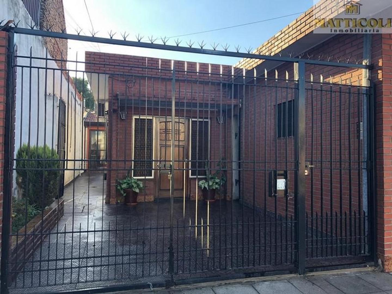 Casa en Venta en Villa Ballester - 3 ambientes