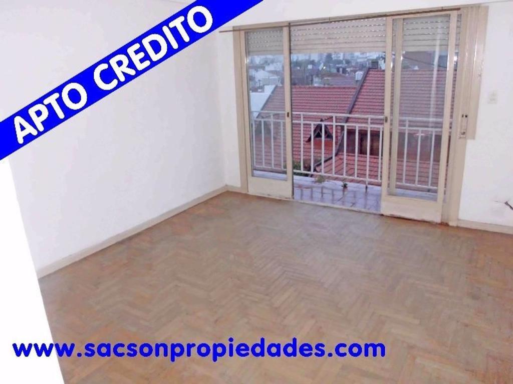 V510 Ramos Mejia Venta Departamento 1 amb. con Balcón al frente Consultas: Tel 4656-0788