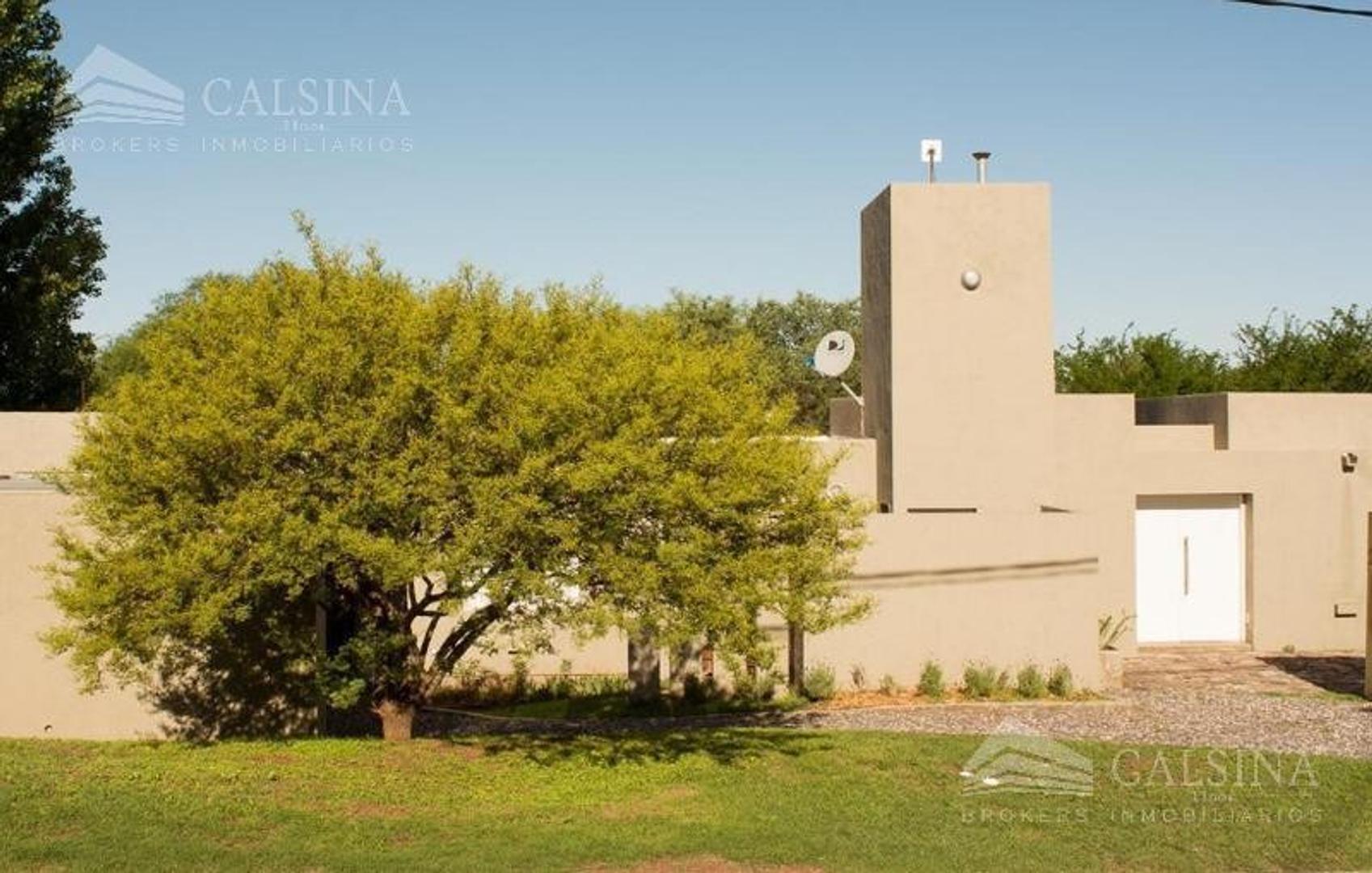 Casa en Venta en Cinco Lomas - 4 ambientes