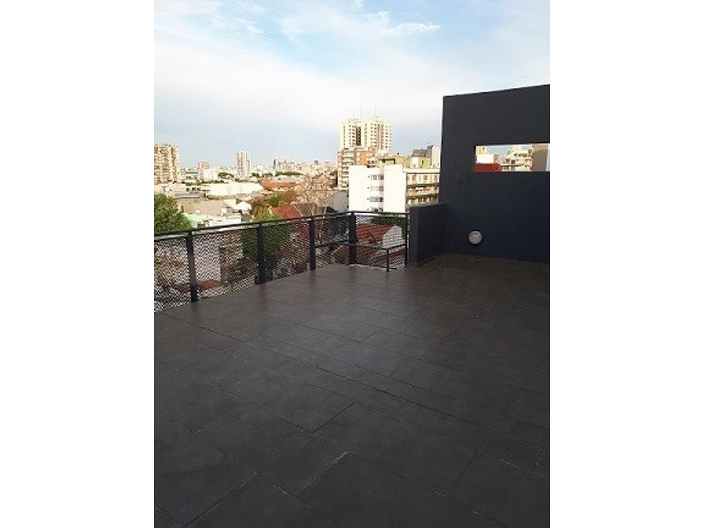 Exclente duplex 3amb mas quincho y terraza  posibilidad 4 amb mas terraza  con cochera