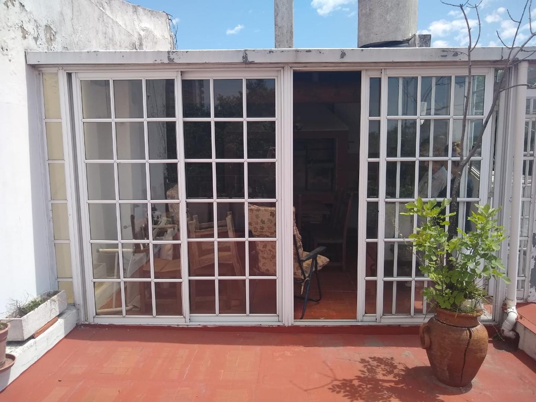 CASA EX MUNICIPAL EN ESQUINA, HERMOSAS REMODELACIONES! - Foto 15
