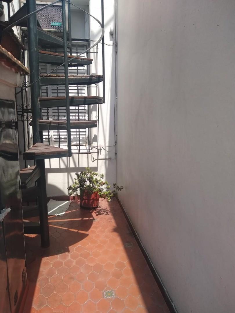 CASA EX MUNICIPAL EN ESQUINA, HERMOSAS REMODELACIONES! - Foto 14