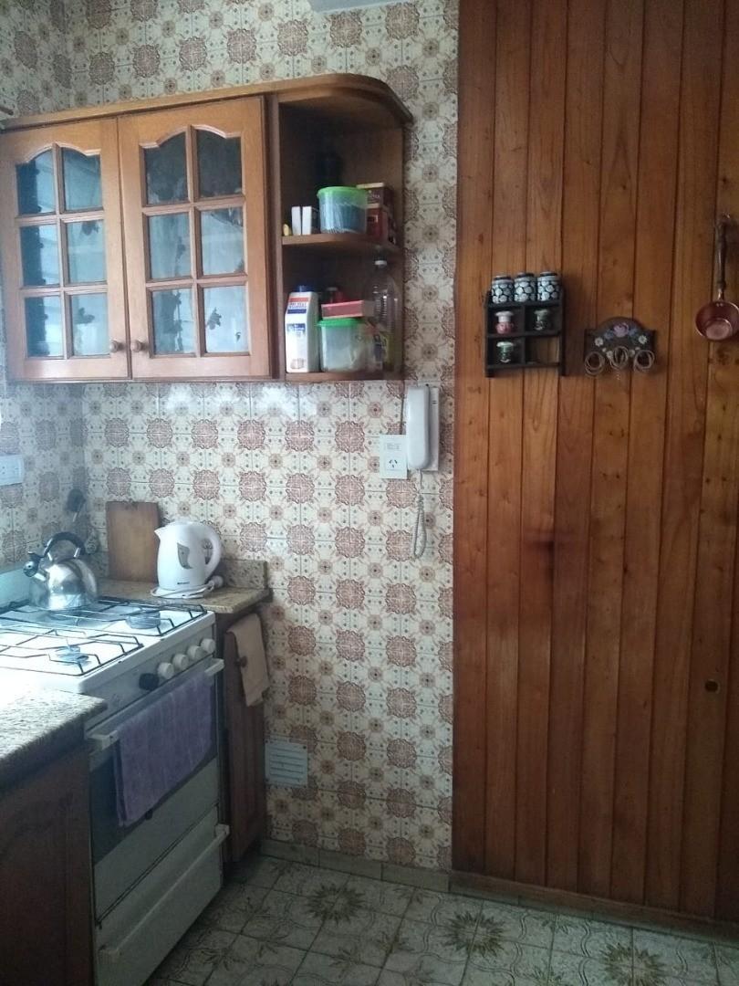 Casa - 3 dormitorios   85 años   2 baños