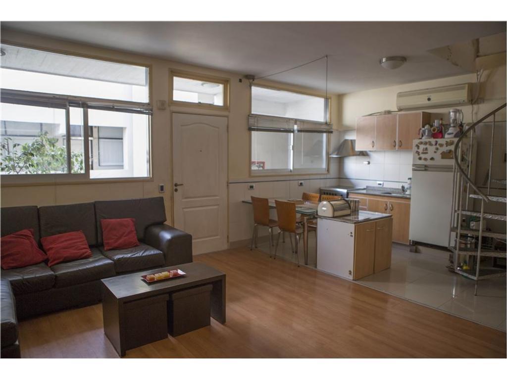 5 Ambientes en Duplex con cochera.Villa Devoto