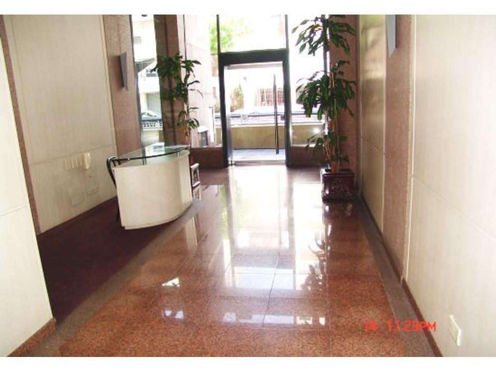 Balvanera 1 amb apto vvda y prof  muy amplio moderno 37m2 Jujuy 480 y Belgrano piso 7 alquilo joya