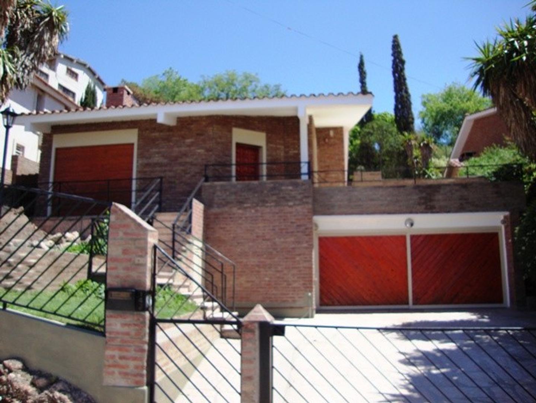 Casa en Venta en La Quinta - 5 ambientes