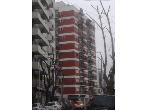 Alquiler Departamento 3 amb. con Balcón al Frente en Esquina